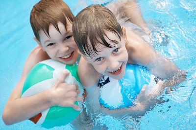 children-in-the-pool-safety-tips
