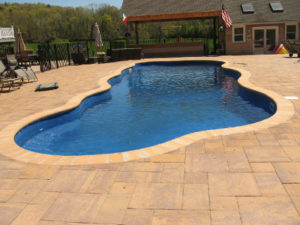fiberglass-pool-irregular-shaped-pool